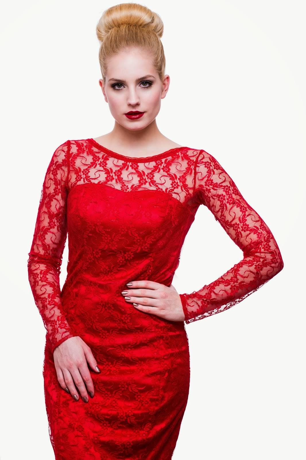 rdeča_obleka_ajda_sitar_božično_voščilo (2)