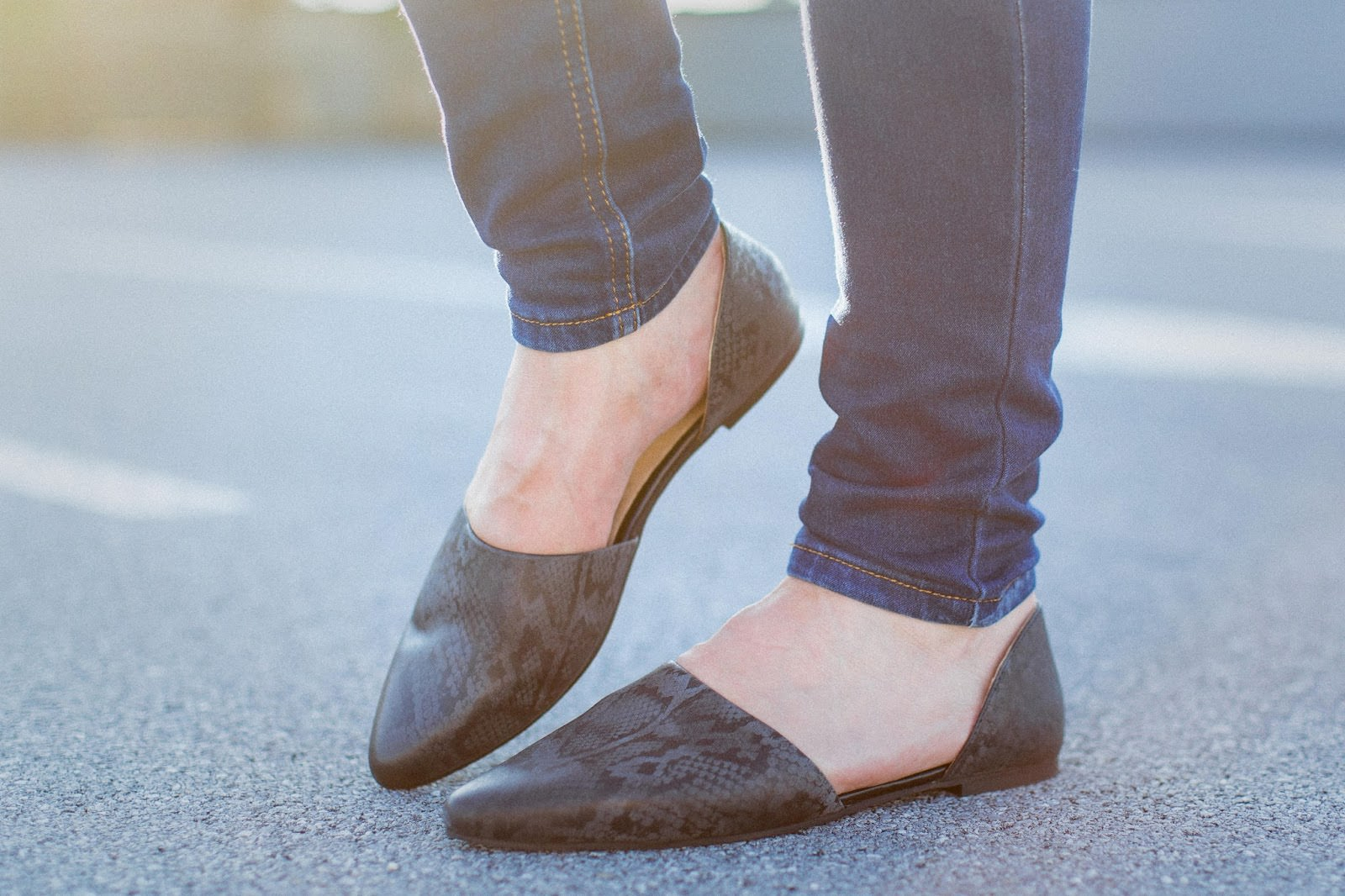 pointy toe textured flats with exposed sides
