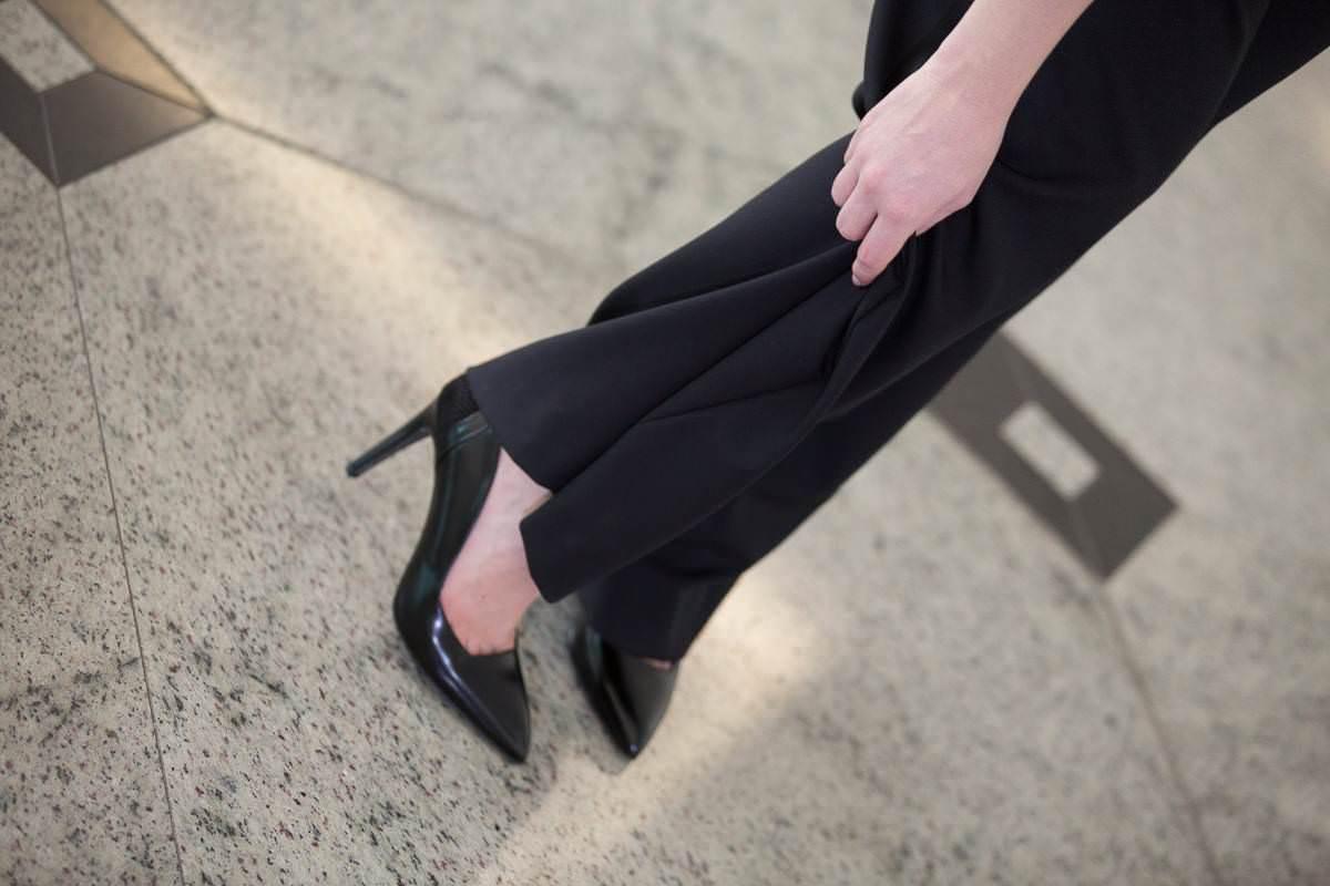 black-jumpsuit-outfit (10)