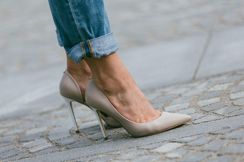 high heel shoes every woman should own