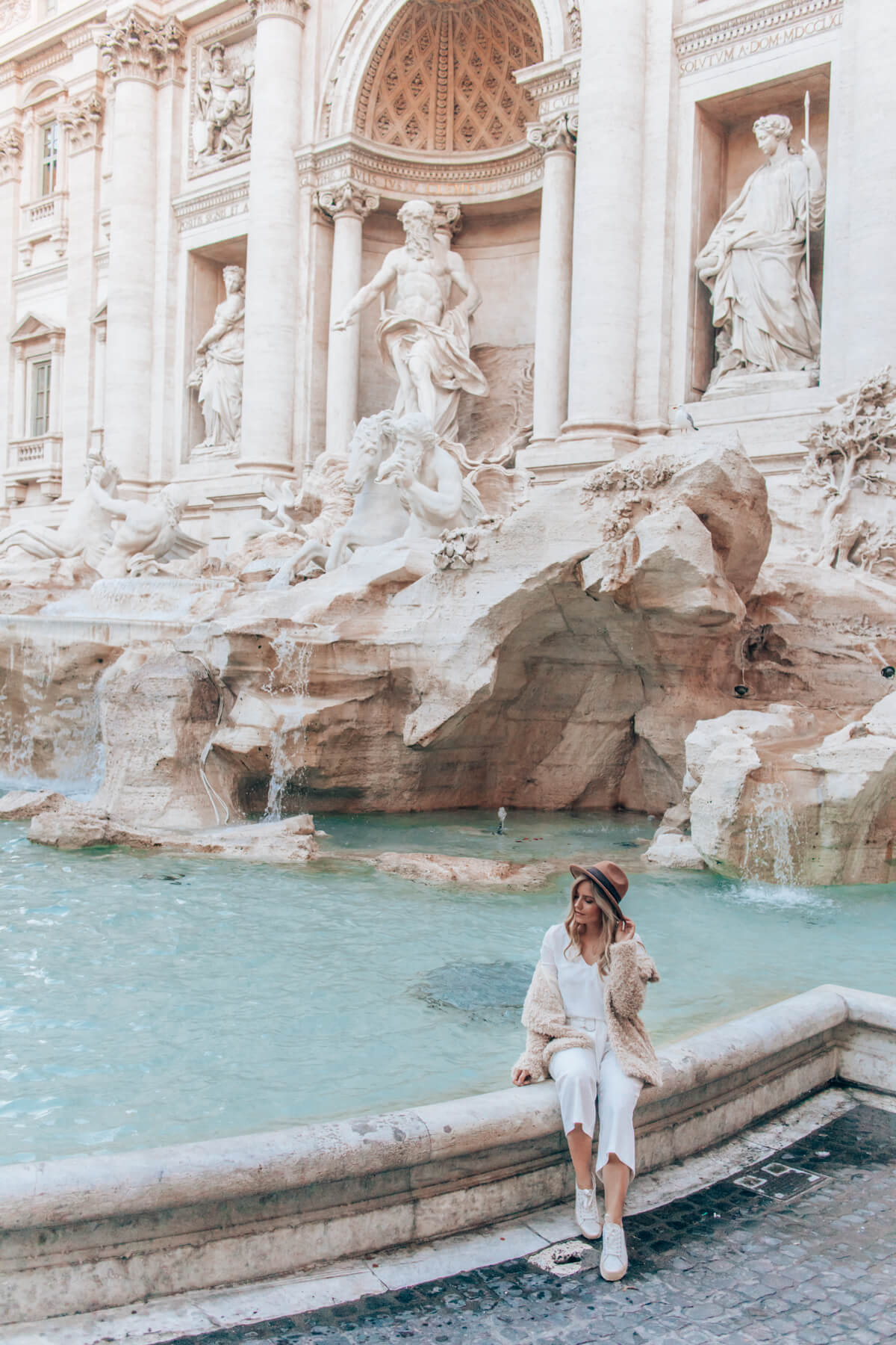 Trevi fountain Rome - What to see