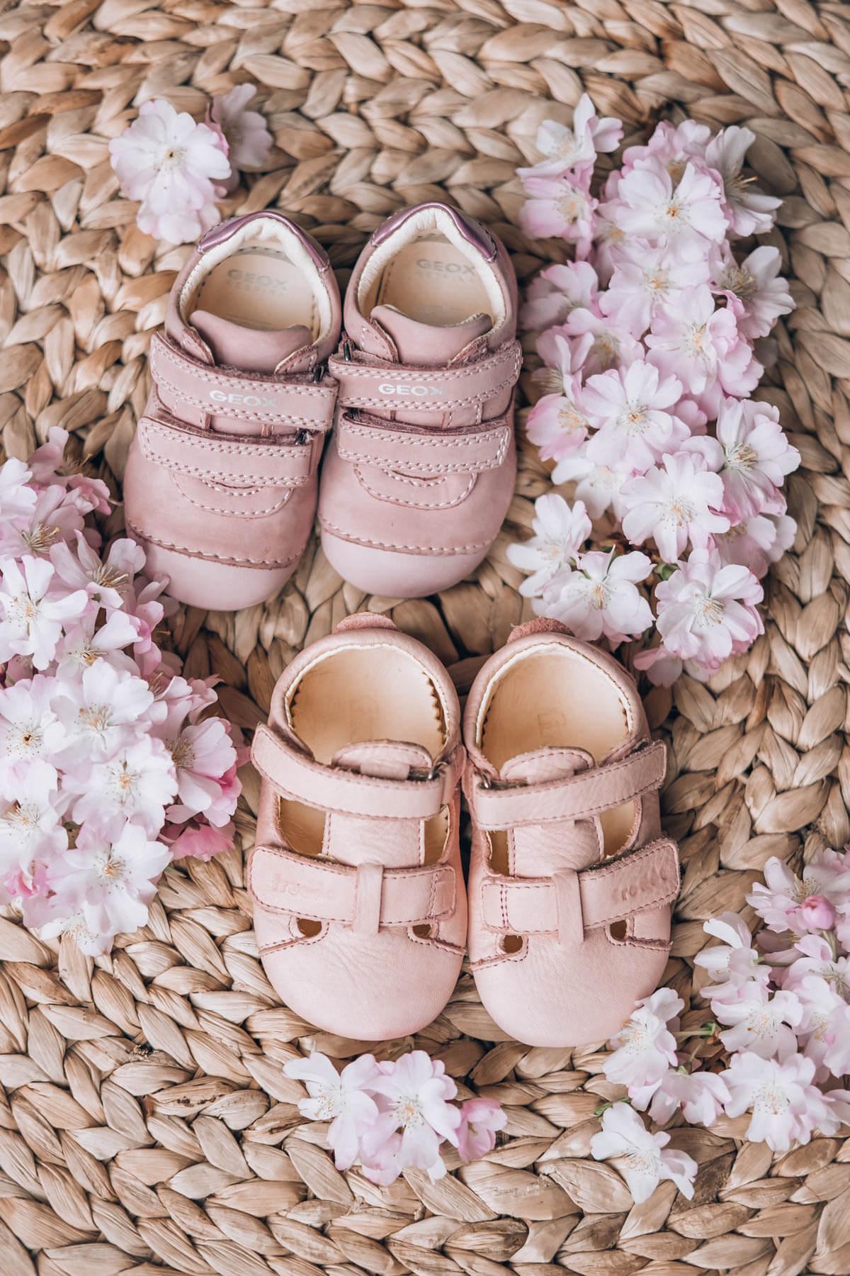 prvi čevlji za dojenčka
